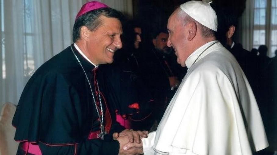 Quyền Tổng thư ký Thượng Hội đồng Giám mục về Roma