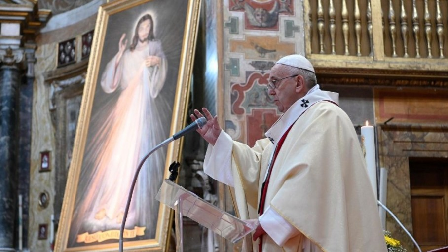 pope francis during mass on the sunday of divine mercy 19 april 2020 in the church of santo spirito in sassia near the vatican vatican media (1)